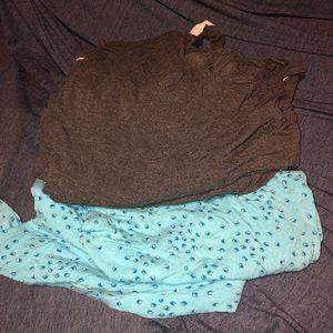 Bundle of woman's plus size pajamas.
